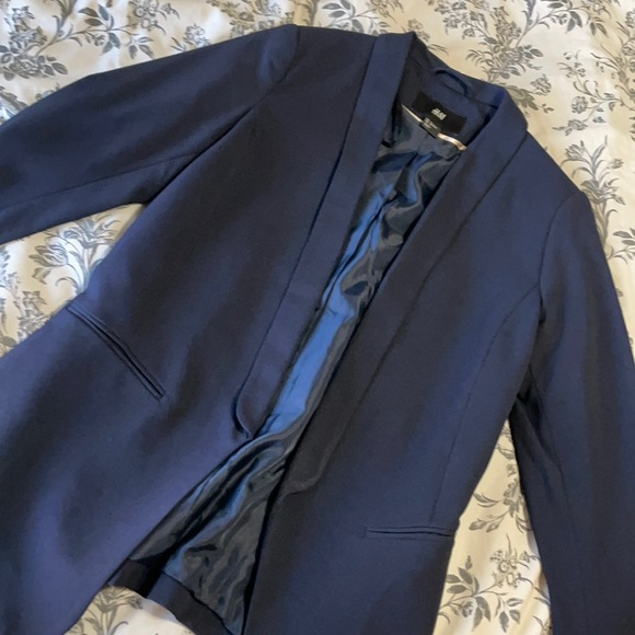 H&M Navy Blazer Sz 4